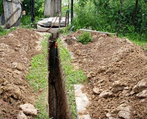 Installation of communication lines using trenchless technology of laying pipes